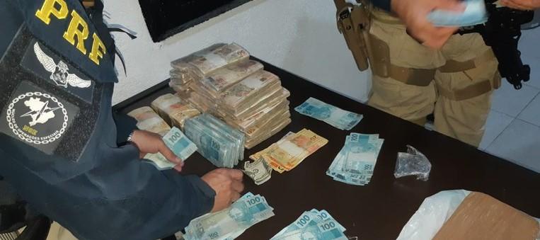 Polícia Rodoviária apreende mais de R$ 273 mil sem procedência em Arujá