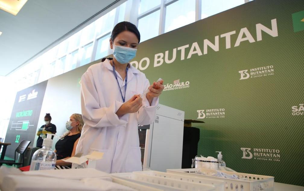 Vacinação contra o coronavírus se inicia no interior
