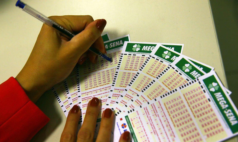 Apostas podem ser feitas até as 19h nas lotéricas de todo o país