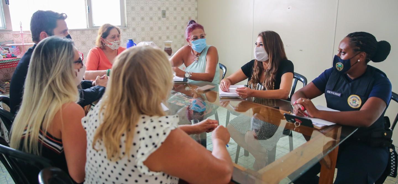 Reunião definiu padrão de atendimento às vítimas de violência