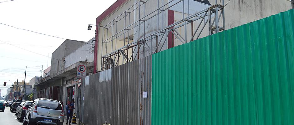 Local fica na Rua General Francisco Glicério, na altura do número 1.145, próximo da Rua José Corrêa Gonçalves, no Centro de Suzano