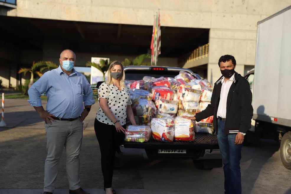 Alimentos foram arrecadados durante uma live solidária promovida pela entidade no final do mês de maio