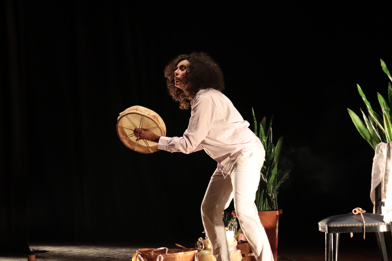 Cultura de Suzano inicia exibição da mostra 'Mulheres (In) Cena'