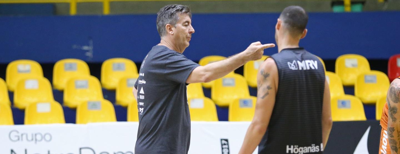 De volta ao NBB, Mogi Basquete enfrenta Brasília nesta segunda-feira no Hugão