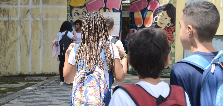 Mais de 26 mil alunos vão entrar em recesso escolar