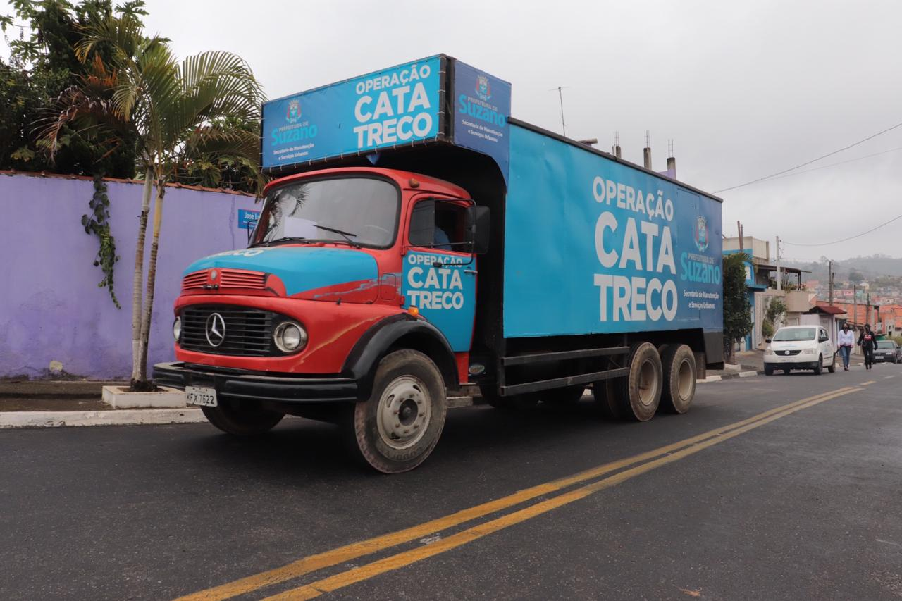 Cata-Treco não aceita restos de construção civil (entulho), mato, pneu, óleo ou roupas