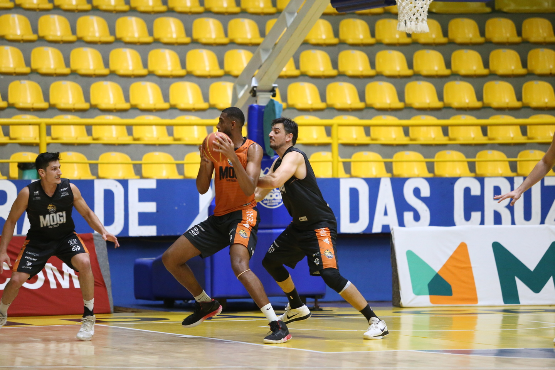 Mogi Basquete estreia no NBB contra o Bauru nesta sexta no Hugão